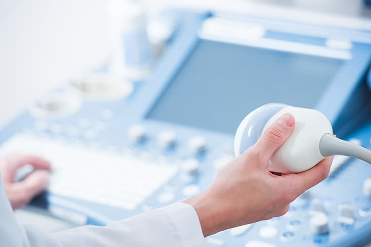 Before you can undergo IVF, you must first have an ultrasound to determine the position of the ovaries.