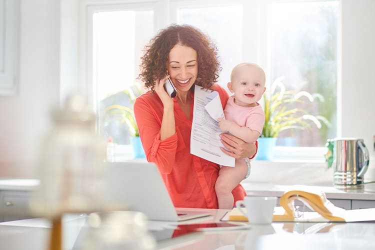 Many women consider to become a single mother